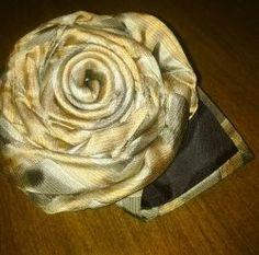 Make a necktie rose to celebrate spring!