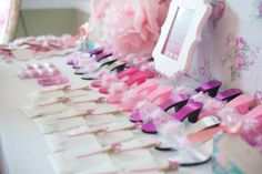 princess party favor side table