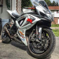 """Yes or No | via: @cjc750 #Suzuki #GSXR #Sportbikeaddicts"""