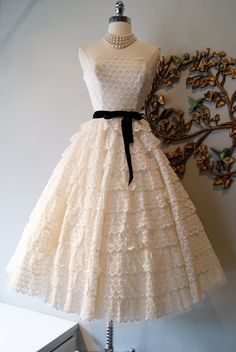 Wedding Dress // 50s Dress //  Vintage 1950s by xtabayvintage, $495.00