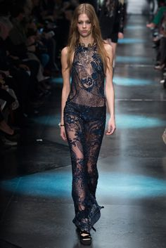 Roberto Cavalli Fall 2015 Ready-to-Wear Fashion Show - Laura Julie