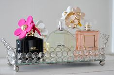 glass and mirror tray with perfume bottles (Perfume Bottle Display) Perfume Storage, Perfume Organization, Perfume Display, Perfume Tray, Bottle Display, Perfume Bottles, Chanel Perfume, Bandeja Perfume, Mirror Tray