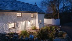 Sweetpea Cottage, Kestle Mill, Cornwall UK