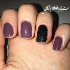 basic accent nail. Using  Sally Hansen complete salon manicure 280 plum's the word  Essence good girl bad girl leather effect 04 caught in the middle