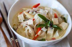 Тайский легкий суп с рисовой лапшой: фото рецепт