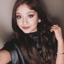 You male me light Disney Channel, Son Luna, How To Speak Spanish, The Most Beautiful Girl, American Actress, Girl Power, Singer, Actresses, Beauty