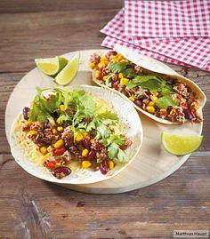 Viva Mexico! Alles auf einem Teller, was uns glücklich macht: Tex-Mex-Hackpfanne, Koriander und Tortillafladen.
