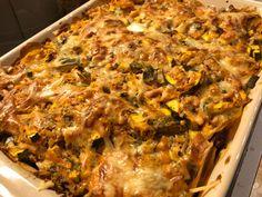 Cheddar, Zucchini, Ethnic Recipes, Food, Lasagna, Cheddar Cheese, Essen, Meals, Yemek
