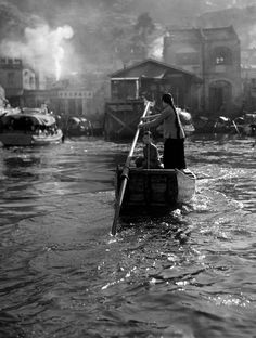1950s Hong Kong Street Photography from Fan Ho (15 pictures)