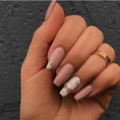 """If you're unfamiliar with nail trends and you hear the words """"coffin nails,"""" what comes to mind? It's not nails with coffins drawn on them. It's long nails with a square tip, and the look has. Nagellack Design, Nagellack Trends, Best Acrylic Nails, Acrylic Nail Designs, Marble Acrylic Nails, Acrylic Nails With Design, Acrylic Nails Autumn, Glitter Nail Designs, Wedding Acrylic Nails"""