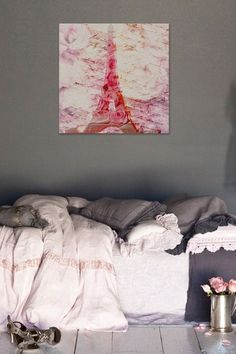 a pink Eifell tower for my walls ~ LUV IT!