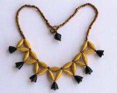 Música notas papel collar con perlas de hematita por MagdaCrafts