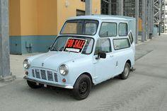 Morris Mini Van built for Wheelchair Classic Mini, Vans Classic, Morris Minor, Mini Trucks, Toys For Boys, Jaguar, Cool Things To Buy, Mini Stuff, Favorite Things