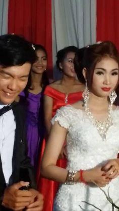 Beauty Girls Dancing in Wedding Ceremony