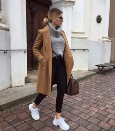 casual outfits for winter \ casual outfits ; casual outfits for winter ; casual outfits for women ; casual outfits for work ; casual outfits for school ; Simple Winter Outfits, Winter Fashion Outfits, Cute Casual Outfits, Look Fashion, Autumn Fashion, Fashion Ideas, Winter Coat Outfits, Winter Outfits Women, Fall Coats Women