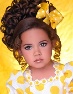 Donna Mallard Photography - Glitz Headshots Baby Pageant, Toddler Pageant, Glitz Pageant, Pageant Hair, Pageant Girls, Beauty Pageant Dresses, Pageant Makeup, Pageant Photography, Headshot Photography