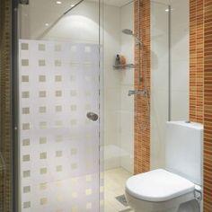 New Bathroom Window Treatments Privacy Floors 24 Ideas Trendy Bathroom Tiles, Shower Cubicles, Window In Shower, Bathroom Windows, Shower Doors, Mirror Wall Bathroom, Window Coverings Diy, Bathrooms Remodel, Diy Bathtub