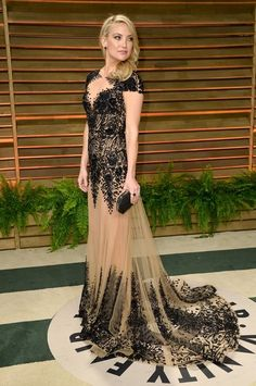 Kate hudson in Zuhair Murad