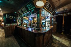 Rock 'N' Roll PUB - The weekend never ends here. Irish Pub Interior, Bar Interior, Interior And Exterior, Pub Bar, Great Places, Exterior Design, Texas, House, Future