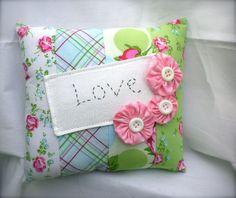 Small Shabby Chic Decor Pillow #shabbychicbathroomssmall