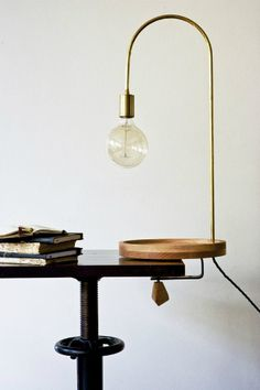 VINTAGE INDUSTRIAL DECOR: HOW TO USE GOLDEN DETAILS_see more inspiring articles at http://vintageindustrialstyle.com/vintage-industrial-decor-use-golden-details/