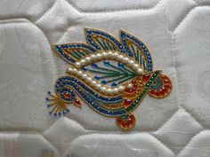 Hobbies And Crafts, Diy And Crafts, Beaded Embroidery, Embroidery Designs, Paisley Drawing, Paint Color Wheel, Acrylic Rangoli, Laddu Gopal Dresses, Diwali Diya