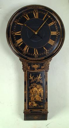 C English tavern clock with Chinoiserie decoration Old Clocks, Antique Clocks, Vintage Clocks, Antique Boxes, Tick Tock Clock, Time Clock, Telling Time, Chinoiserie, 18th Century