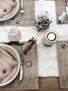 Tafel dekken voor kerst