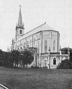 CHIJ Chapel. The field behind is now the sunken courtyard at CHIJMES.