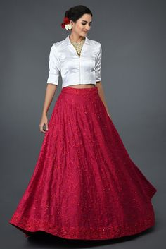 Red Floral Resham Sequin & Beads Hand Embroidered Skirt With Blouse Indian Fashion Dresses, Dress Indian Style, Indian Designer Outfits, Indian Outfits, Skirt Fashion, Designer Party Wear Dresses, Kurti Designs Party Wear, Lehenga Designs, Stylish Dresses For Girls