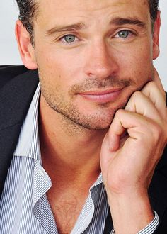 Tom Welling- i had the biggest crush on him when Smallville was on tv. He still looks good