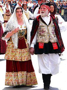 048-Costumi tradizionali dei comuni della Sardegna