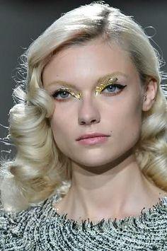 gold eyes at Michael van der Ham