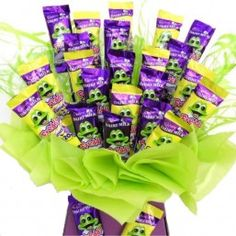 Packed to bursting with 24 Freddo Frogs in delicious solid Cadbury's Milk Chocolate Freddo Frogs and Cadbury's Caramel Freddo Frogs this fun and cheerful bouquet will cheer up anybody's day. Big enough to share but pure pleasure to enjoy on your own. We can include your own personal message and send the bouquet direct. Next Day Delivery is available. £19.98 VAT incl.