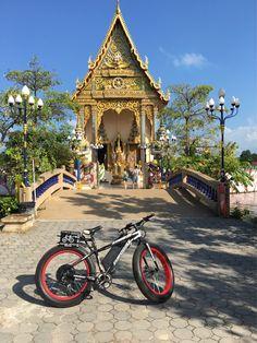 Fat Boy at Wat Plae Laem ! www.electricbikesthailand.com