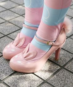 pale apricot-y pink patent bunny high-heel shoes with fluffy tails (image courtesy of @tokyo_fashion on tumblr).