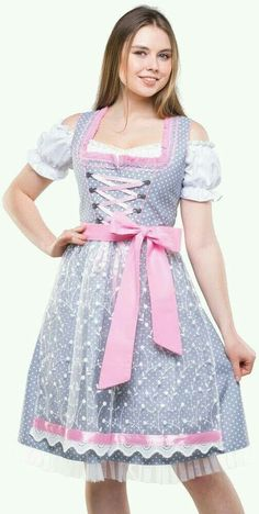 German Girls, German Women, German Festival, Costumes Around The World, Beer Girl, Dirndl Dress, Trends, Sweet Dress, Traditional