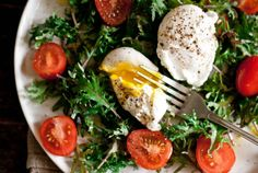 Breakfast Salad; Baby Kale, Flavorino Tomatoes, Poached Egg