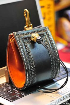 Belt Bag the black BeeYouTee Unisex by stevebleatherworks on Etsy, $225.00    I know SteveB and his leatherworks are high quality and beautifully made!
