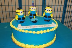 Minions Themed Cake  www.CustomCakeDesign.com