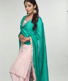 Classic Indian salwar kamees CLICK VISIT link for more details Punjabi Fashion, Bollywood Fashion, Indian Fashion, Mens Fashion, Designer Punjabi Suits, Indian Designer Outfits, Indian Dresses, Indian Outfits, Indian Clothes