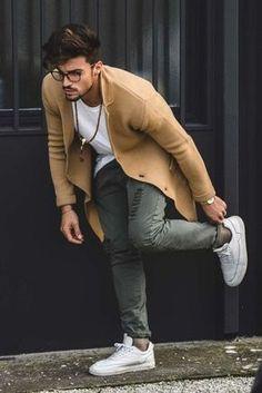 Looks Masculinos para Balada. Macho Moda - Blog de Moda Masculina: Roupa Masculina para BALADA: 28 Looks pra Inspirar, look balada masculino, look masculino moderno, roupa de homem para balada, Casaco Marrom, Colar Masculino, Mariano di Vaio