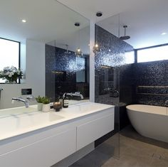 The Block Daz and Dea's bathroom... absolutely stunning!