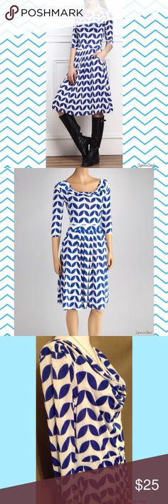 🌤 Blue Geo Leaf Drape Dress A draping neckline and sashaying skirt combine to create a fancy piece. Subtle pockets, a contrasting print and three-quarter sleeves give it a timeless feel to span seasonal trends. Size: 2X; 95% Polyester and 5% Elastane. Flaws: Zipper is stuck. I can't get it to zip closed. Reborn Dresses