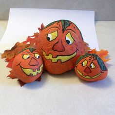 Rock pumpkins hand painted set of 3 by Peggers on Etsy
