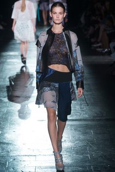 Prabal Gurung Spring 2015 Ready-to-Wear Fashion Show - Ophelie Guillermand