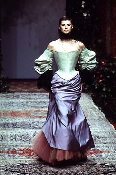 Christian Lacroix: Haute Couture Fall 1996 I'd wear that in my Steampunk events, with a top hat (with face cage) and a parasol Christian Lacroix, Vintage Outfits, Vintage Fashion, French Fashion Designers, Vintage Mode, Haute Couture Fashion, Textiles, Beautiful Gowns, Fashion History