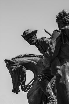 Bronze Statues at the Anglo-Boer War Museum, Bloemfontein Free State, Afrikaans, Monuments, Sculpture Art, Statues, Equestrian, South Africa, Museum, Bronze