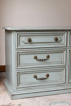 Before and After: General Finishes Persian Blue Dresser with Glaze