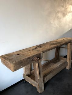 oude werkbank werk bank hout vintage1 Tool Bench, Outdoor Furniture, Outdoor Decor, Man Cave, Entryway Tables, Entrance, Living Room, Wood, Hallways